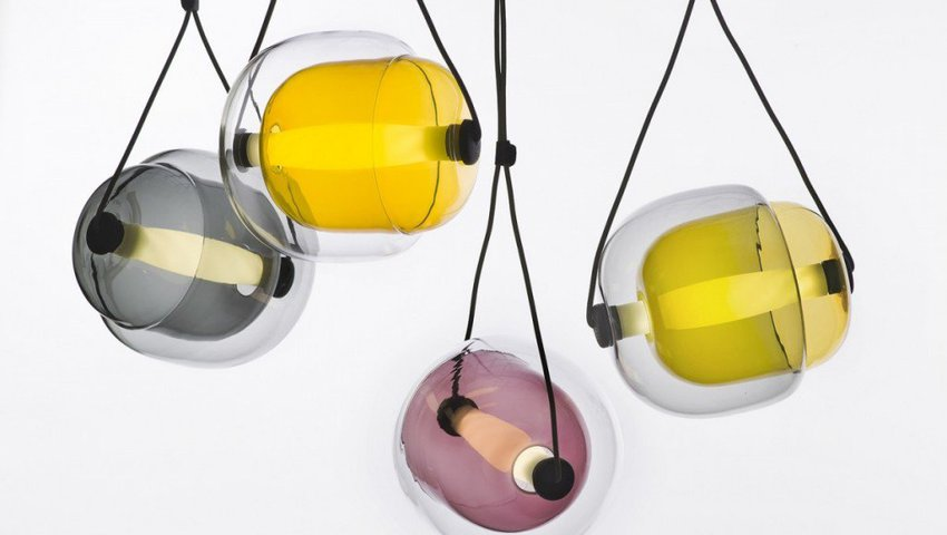 Capsula-Pendant-Light-by-Lucie-Koldova-for-Brokis-featured-on-flodeau.com-02-1024x768.jpg