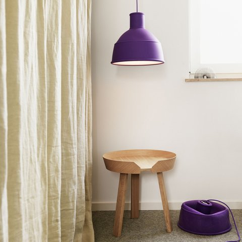 muuto_unfold_pendant_light_purple.jpg
