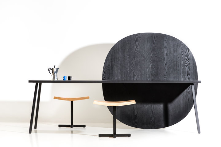 MATE XL desk & BRO stool by Bram Boo for Bulo copyright Kirsten Thys Groot 1 print.jpg