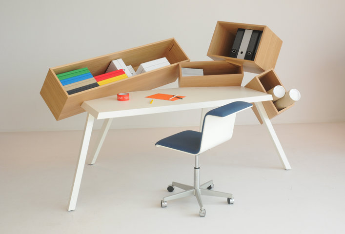 Overdose Desk by bram boo for www.bulo.com 231x141x130cm copyright Bram Boo (5).jpg