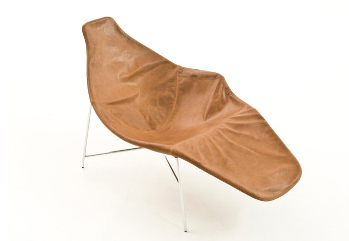 tia-maria-lounge-chair-by-enrico-franzolini-for-moroso-gessato-gblog-3.jpg