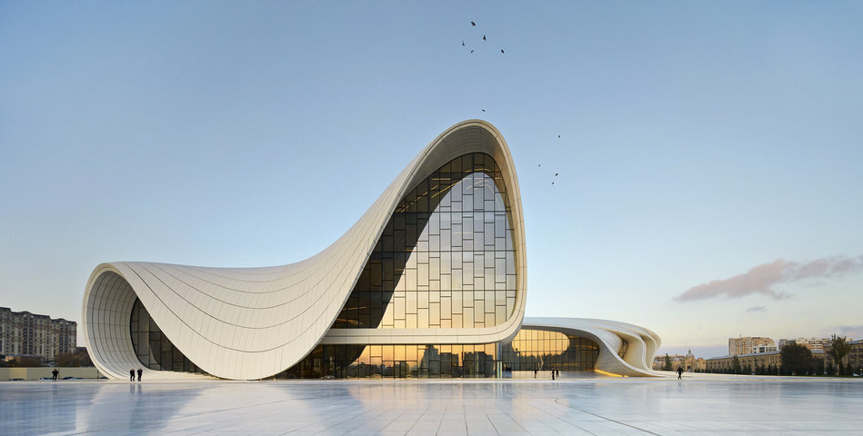 52852152e8e44e8e7200015f_heydar-aliyev-center-zaha-hadid-architects_hac_exterior_photo_by_hufton_crow_-1-.jpg