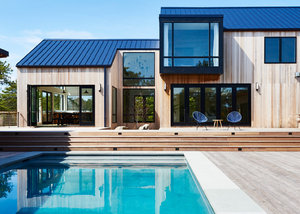 Studio Zung creates cedar-clad modern barn in the Hamptons